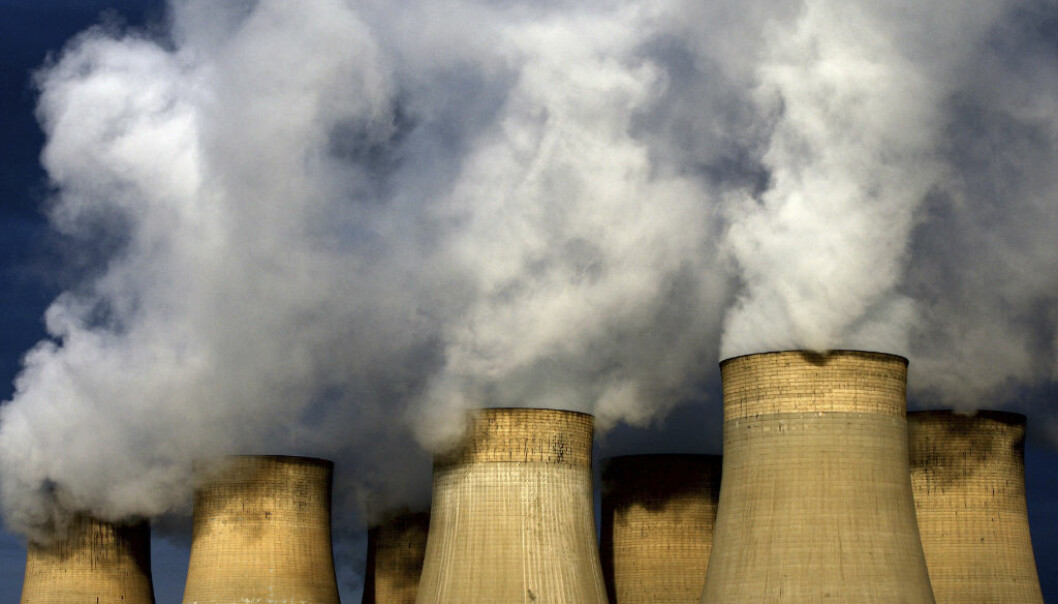 FILE - In this Dec. 13, 2009 file photo, a view of Ratcliffe-on-Soar power station, in Nottingham, England. Britain expects Friday, April 21, 2017 to be the first full day since the Industrial Revolution when it hasn Äôt used coal to generate electricity.  Ôªø(David Davies/PA via AP, File)