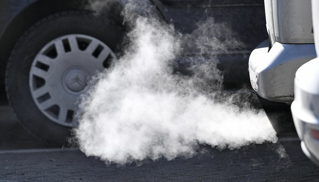 A Diesel car runs in Essen, Germany, Tuesday morning, Feb. 27, 2018. A German court decides today on whether to allow a ban on diesel cars in cities to lower air pollution, a move that could have drastic consequences for the country's powerful auto industry. (AP Photo/Martin Meissner)