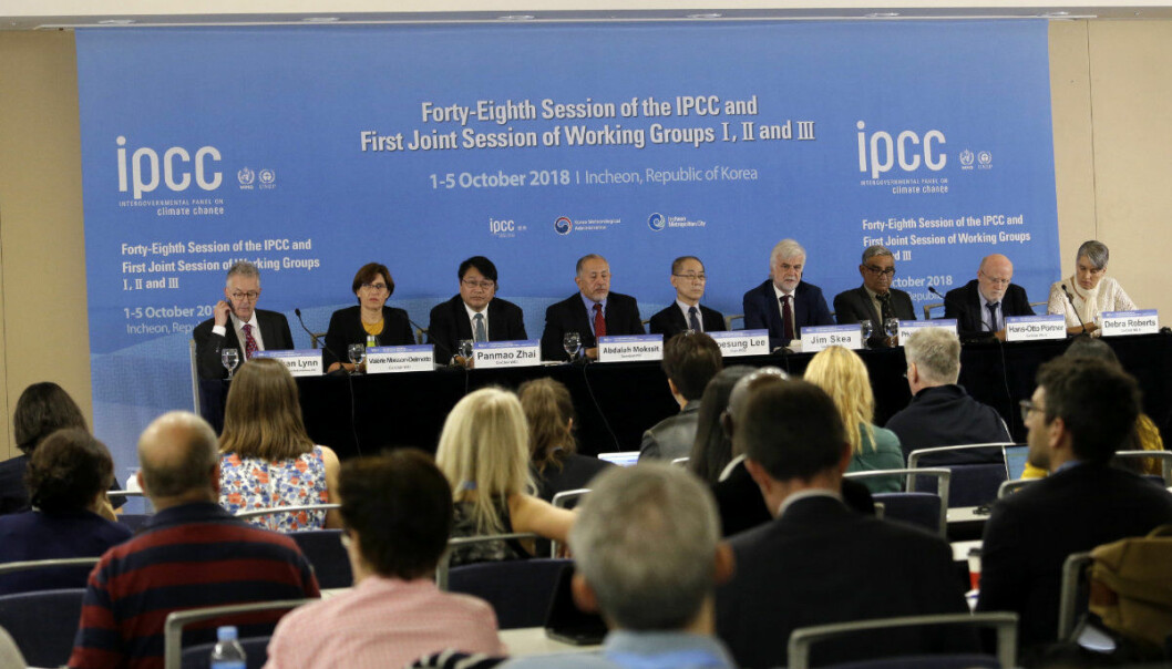 Intergovernmental Panel on Climate Change, IPCC, Chair Hoesung Lee, top center, and other leaders hold a press conference in Incheon, South Korea, Monday, Oct. 8, 2018. Preventing an extra single degree of heat could make a life-or-death difference in the next few decades for multitudes of people and ecosystems on this fast-warming planet, an international panel of scientists reported Sunday. But they provide little hope the world will rise to the challenge. (AP Photo/Ahn Young-joon)